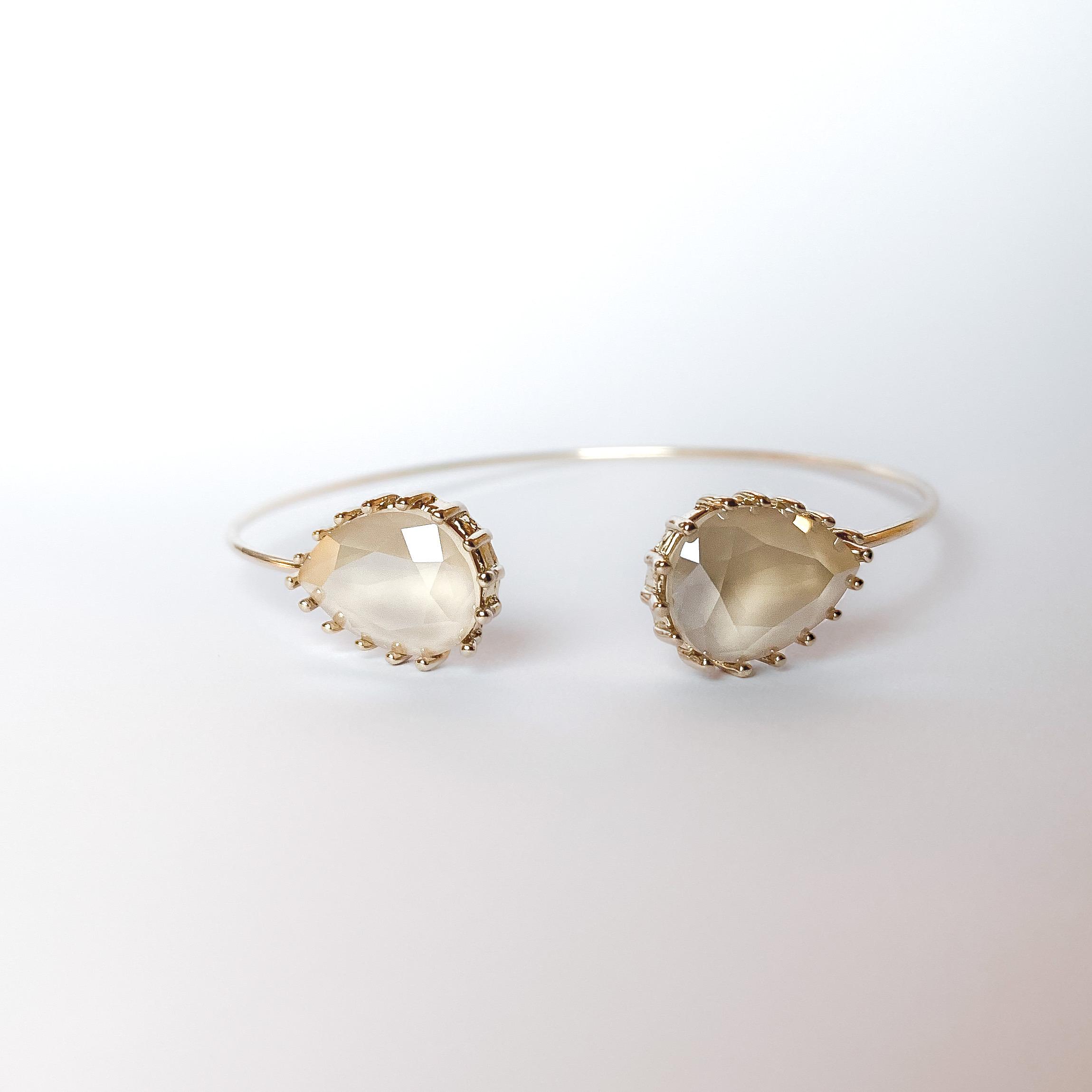 Upside drop bangle Ivory Cream dråpeformede Swarovski krystaller